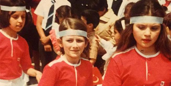 Ünlü oyuncunun gençlik fotoğrafı gündem oldu