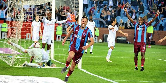 Beşiktaş'ın şampiyonluk umutları tükendi