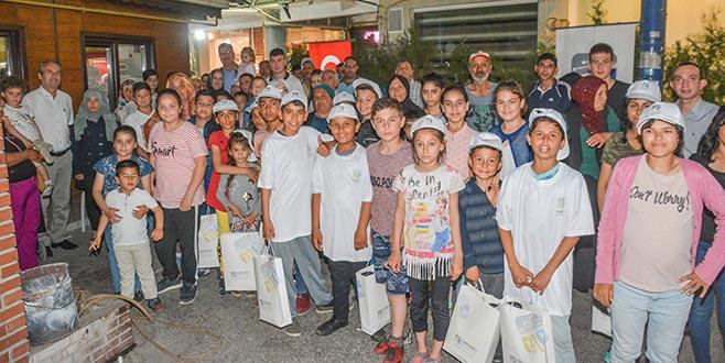 Karacabey'de iftar sofrası yetim çocuklar için kuruldu
