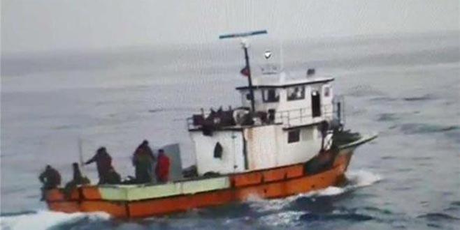 Türk balıkçı teknesine ateş açıldı: 3 yaralı