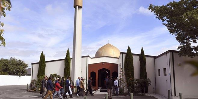 Camilere kiliseden 100 bin dolarlık bağış