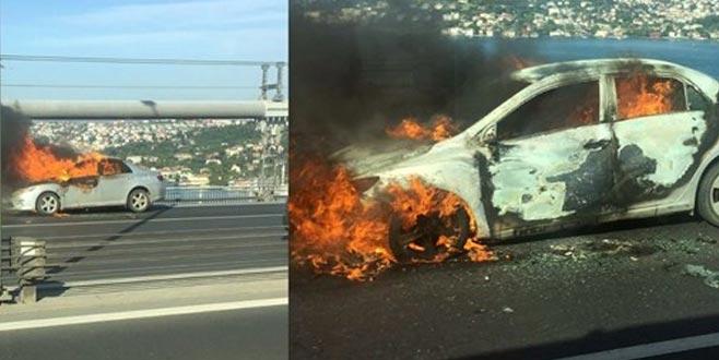Aracını ateşe verip köprüden atladı