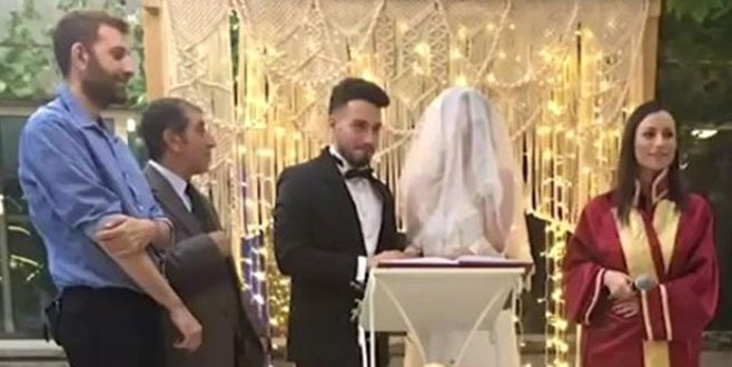 Sosyal medya fenomeni evlendi! İşte düğünden ilk kareler