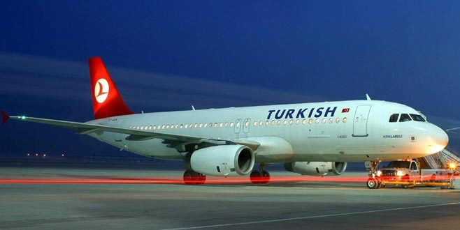 İstanbul'a inemeyen uçaklar Bursa'ya indi