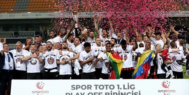 Süper Lig'e yükselen son takım Gazişehir Gaziantep