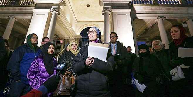 ABD'de öldürülen üç Müslüman genç için anma töreni