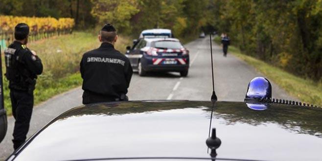 Fransa'da polisten kaçan sürücü 2 Türk çocuğu ezdi