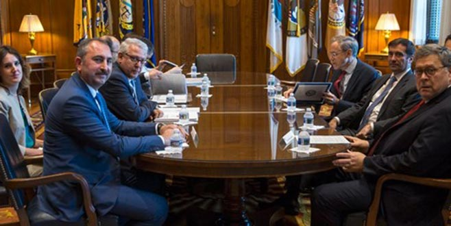 Adalet Bakanından FETÖ elebaşının iadesi açıklaması