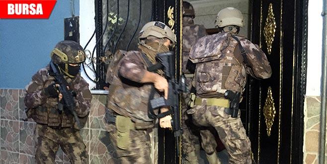 Bin polisle 'Çekirge' operasyonu: Çok sayıda gözaltı