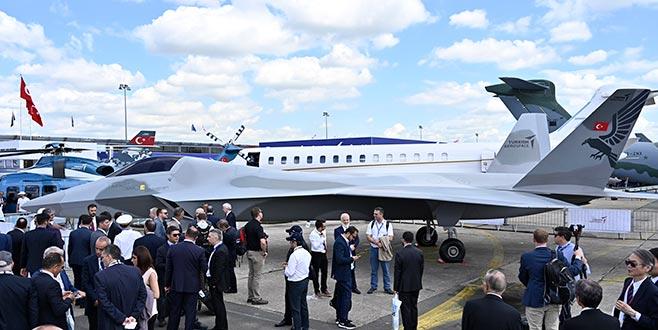 İşte milli savaş uçağı! İlk kez Paris'te tanıtıldı…