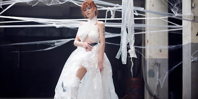 Poşet elbise kağıt çizme