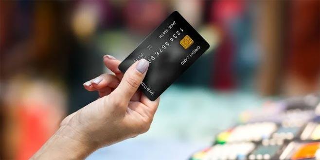 Her hafta kredi kartı büyüklüğünde plastik yutuyoruz!