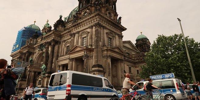 Berlin'de ev kiraları donduruldu