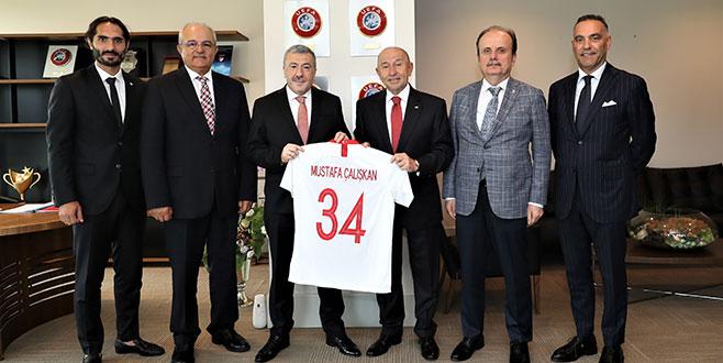 Nihat Özdemir'e üst düzey ziyaret