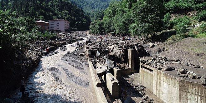 Sel felaketinde ölenlerin sayısı 4'e yükseldi