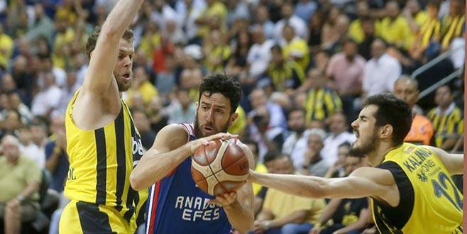 Fenerbahçe Beko pes etmedi! Müthiş seri 7. maça taşındı