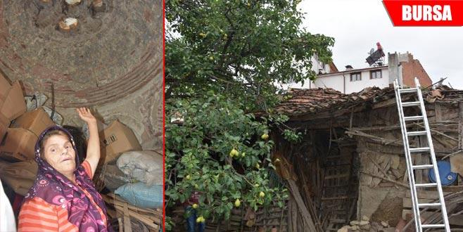 550 yıllık hamam depo olarak kullanılıyor