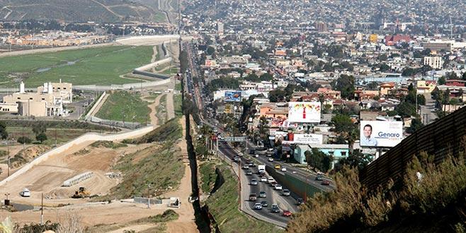 Meksika ABD sınırına 15 bin asker konuşlandırdı