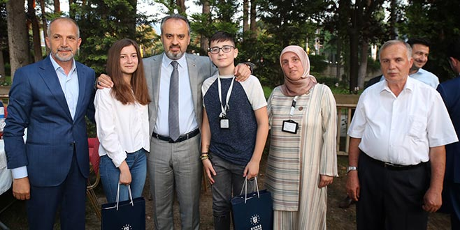 Makedonyalı gençlere Aktaş morali