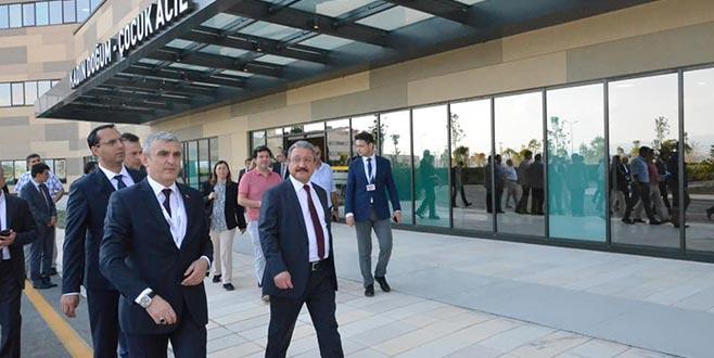 Bakan Yardımcısı Güven'denŞehir Hastanesi'ne ziyaret