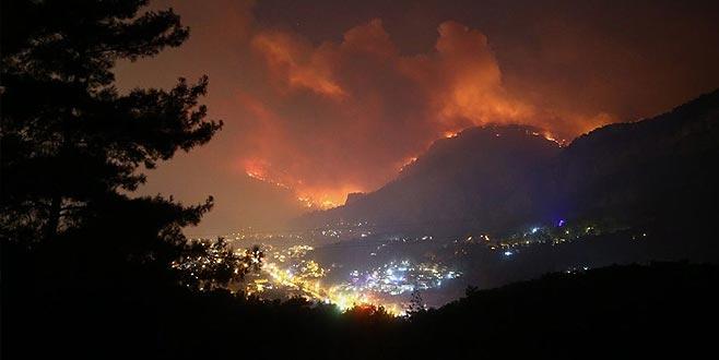 Ciğerlerimiz alev alev! Alevler turistik bölgeye ulaştı