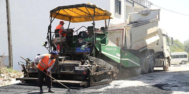 Nilüfer'de asfalt çalışmaları sürüyor