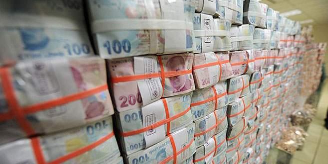 Bütçe ocak ayında 3,8 milyar lira fazla verdi