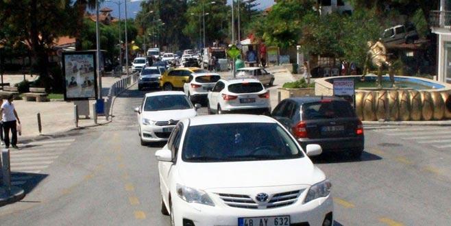 Nüfus 25 kat arttı, araba park edecek yer kalmadı
