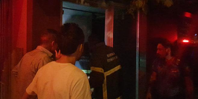 Gemlik'te iş yeri yangını