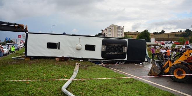 Çanakkale'de yolcu otobüsü devrildi! Ölü ve yaralılar var