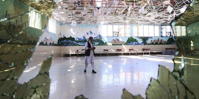 Afganistan'da düğün salonunda patlama: 63 ölü