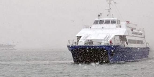 Kar ve fırtına deniz seferlerini vurdu