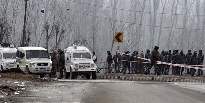 İki ülke çatıştı:2 sivil öldü