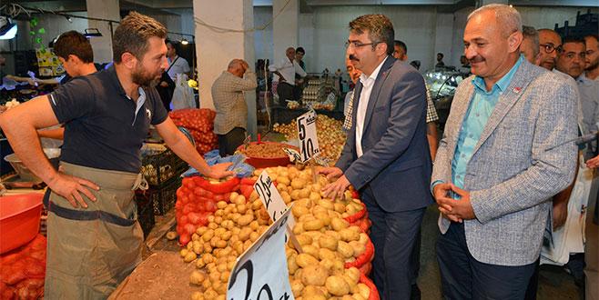 Başkan Yılmaz'dan 'pazar' ziyareti