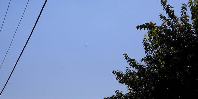 Sınırda askeri helikopter hareketliliği