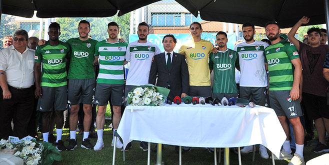 Bursaspor'da 8 imza birden