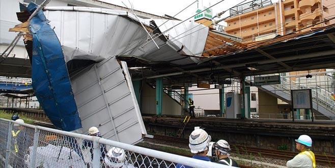 Japonya'da tayfun can aldı