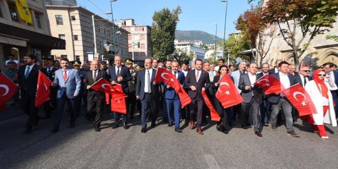 Bursa'nın kurtuluş yıl dönemi sosyal medyada ilgi odağı oldu