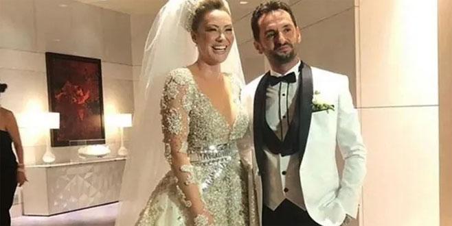 Ünlü şarkıcı düğün sonrası soluğu hastanede aldı