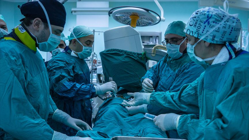 SBÜ'den yabancı doktorlara 'canlı damar cerrahisi' kursu
