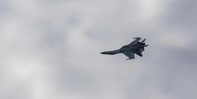 Rus uçağı SU-35 İstanbul semalarında