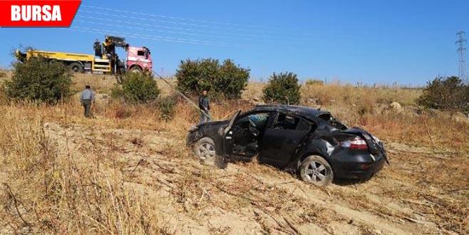 Otomobil şarampole uçtu: Yaralılar var