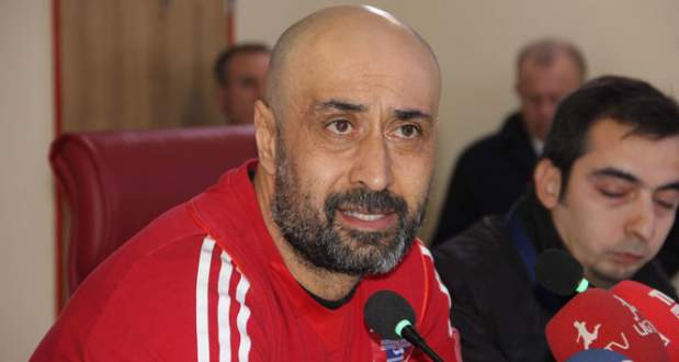 Tolunay Kafkas'tan Trabzonspor'a tazminat şoku!