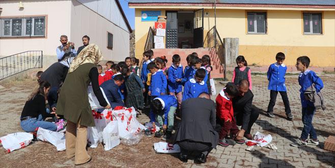 Bursa'dan Ağrı'ya 'ısıtan' yardım