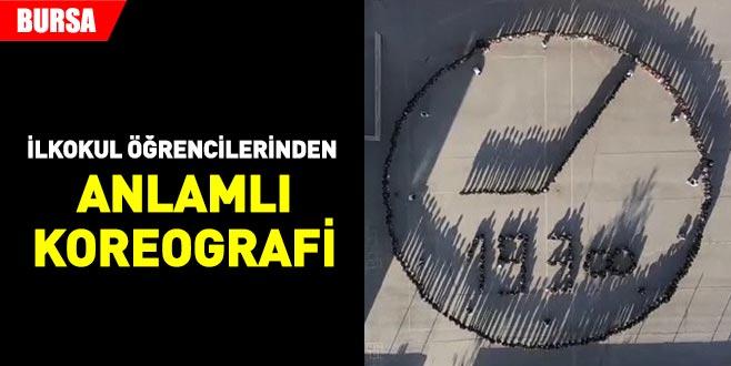 Bursa'da ilkokul öğrencilerinden anlamlı koreografi