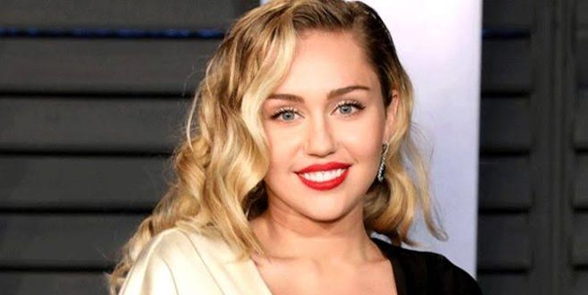 Miley Cyrus ameliyat oldu! Bir süre şarkı söyleyemeyecek