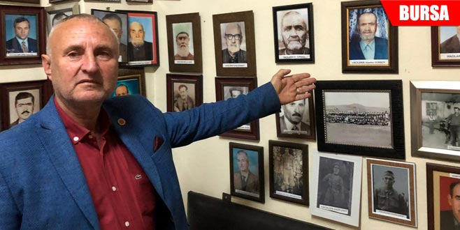 Bu köyde hayatını kaybeden vatandaşların resimleri sergileniyor