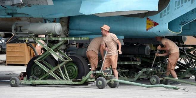 Rusya Kamışlı'da askeri üs kurdu