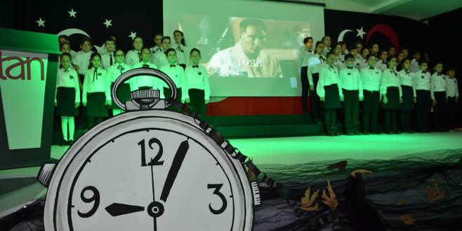 Özel Özlüce Tan Okulları'nda 10 Kasım Atatürk'ü anma töreni