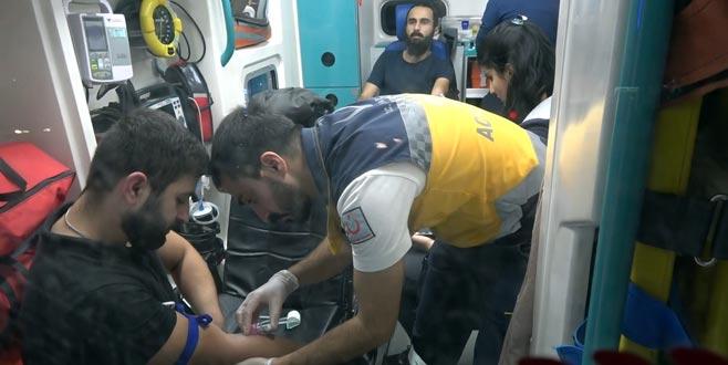 Bursa'da bıçaklı kavga: 1'i güvenlik 3 yaralı